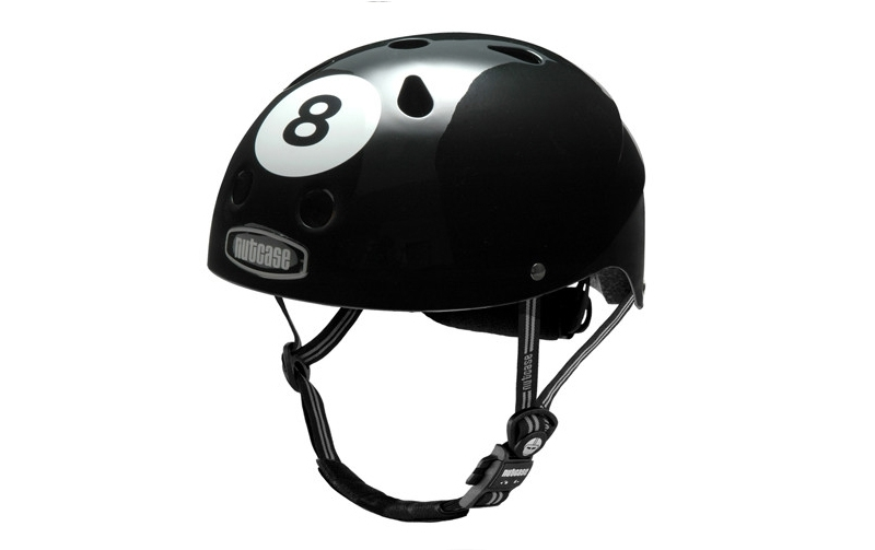 Casco Nutcase Little Nutty Bola 8 Negro