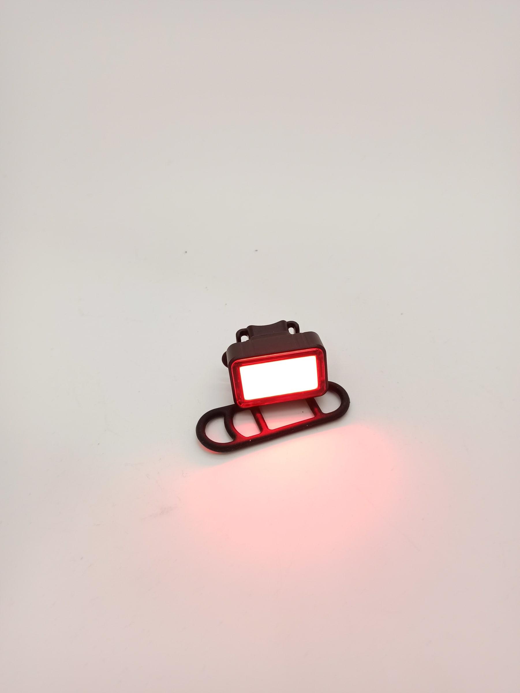 Luz USB Trasera Foss