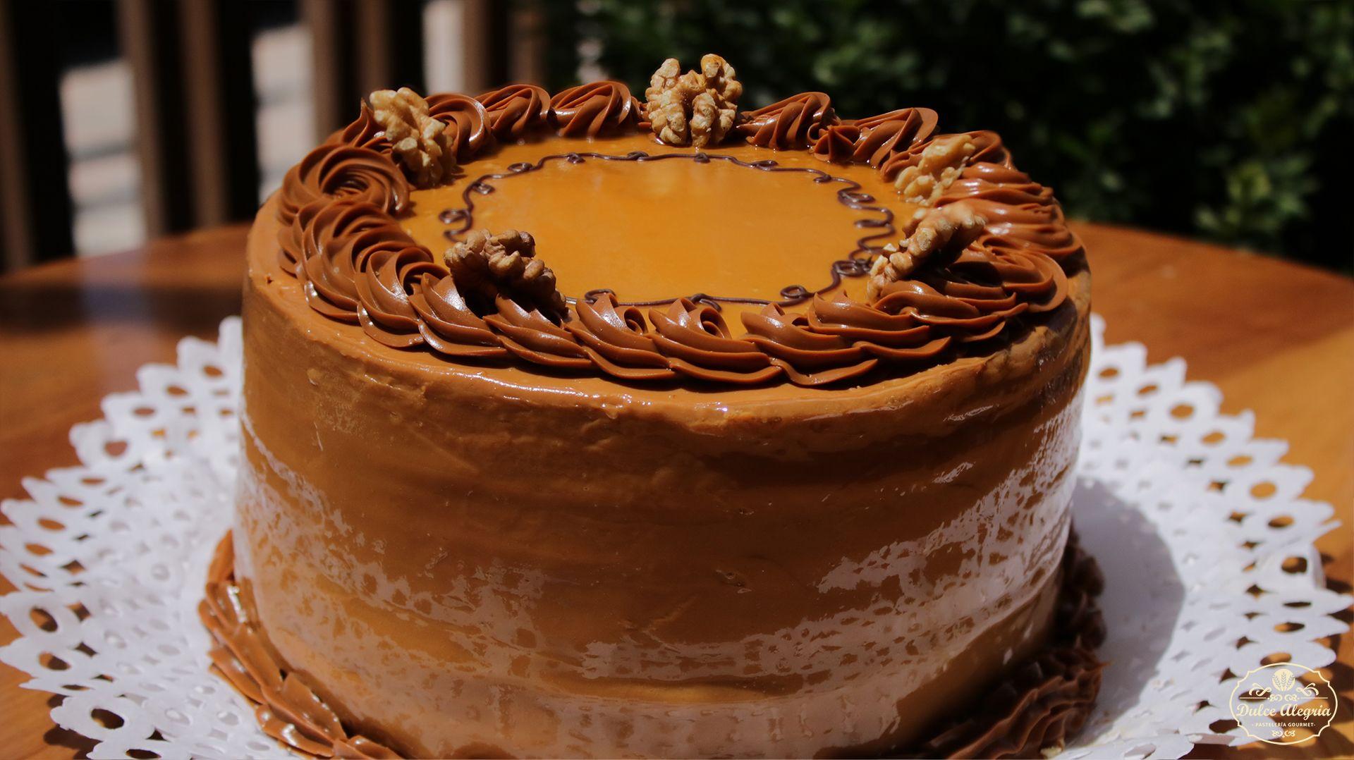 Torta Panqueque Manjar Lúcuma Nuez