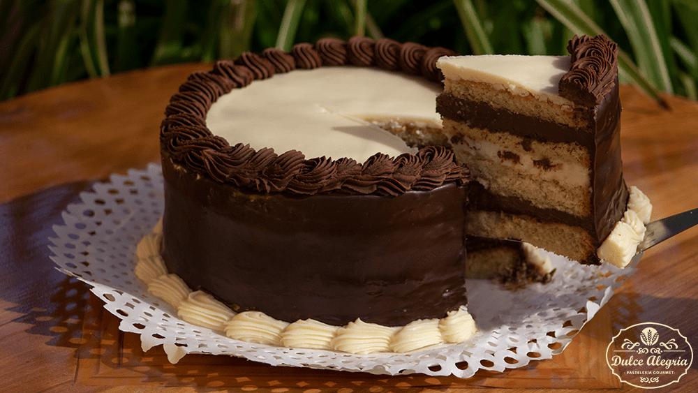 Torta Gourmet Ganache de Chocolate