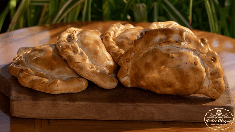 Empanada Pollo Queso
