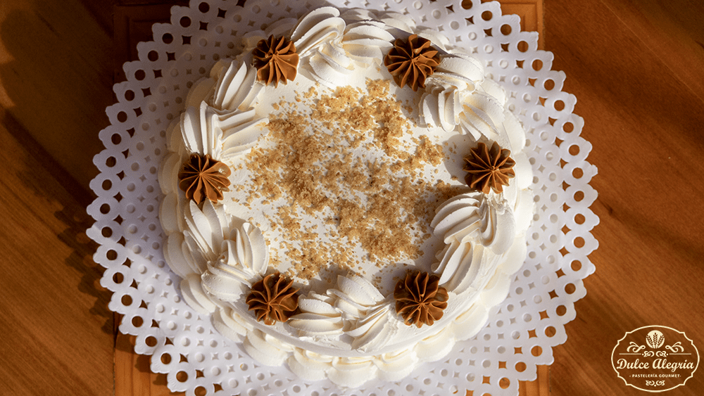 Torta Bizcocho Nuez Manjar