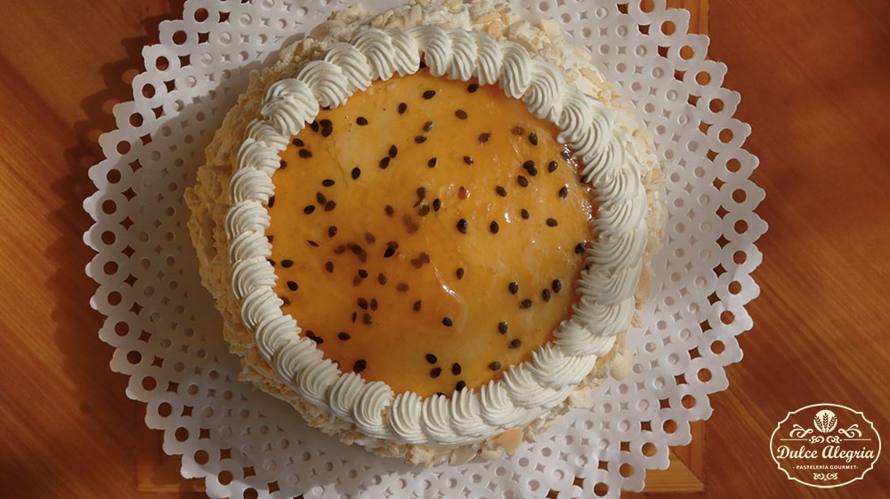 Torta Helada Mango Maracuyá