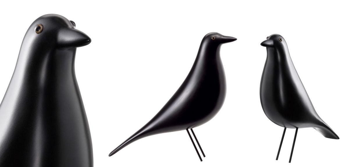 Eames House Bird de Vitra.