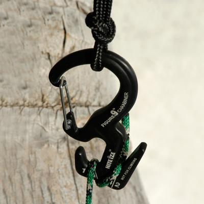 Figure 9 grande con cuerda