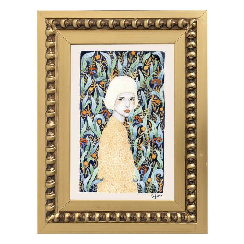 Mini Mujer en Flores