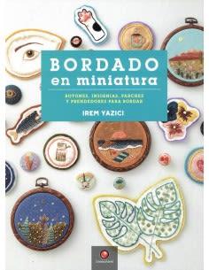 LIBRO BORDADO EN MINIATURA1