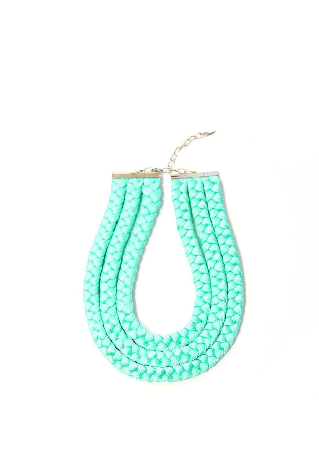 Birdienumnum · Collar verde trenzado