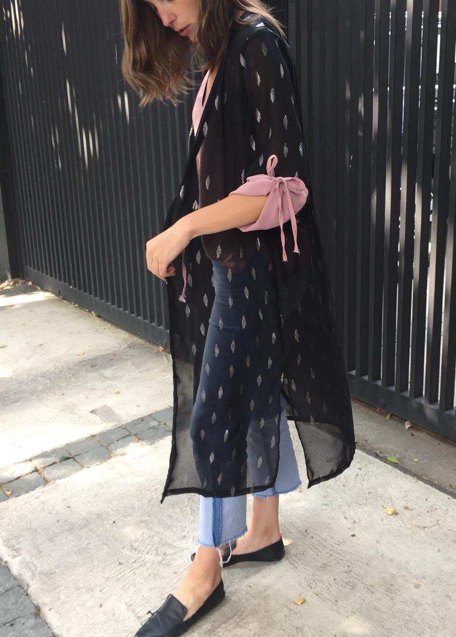 Kimono Gaza negro plumas