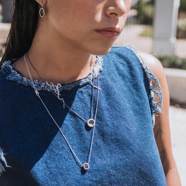 Geoda - Collar Simple Óxido