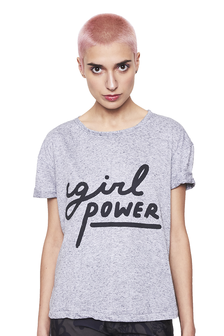 Polera basica gris girl power negro