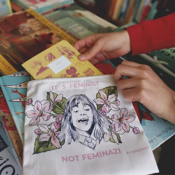 Estuche Feminist - Angela Errázuriz