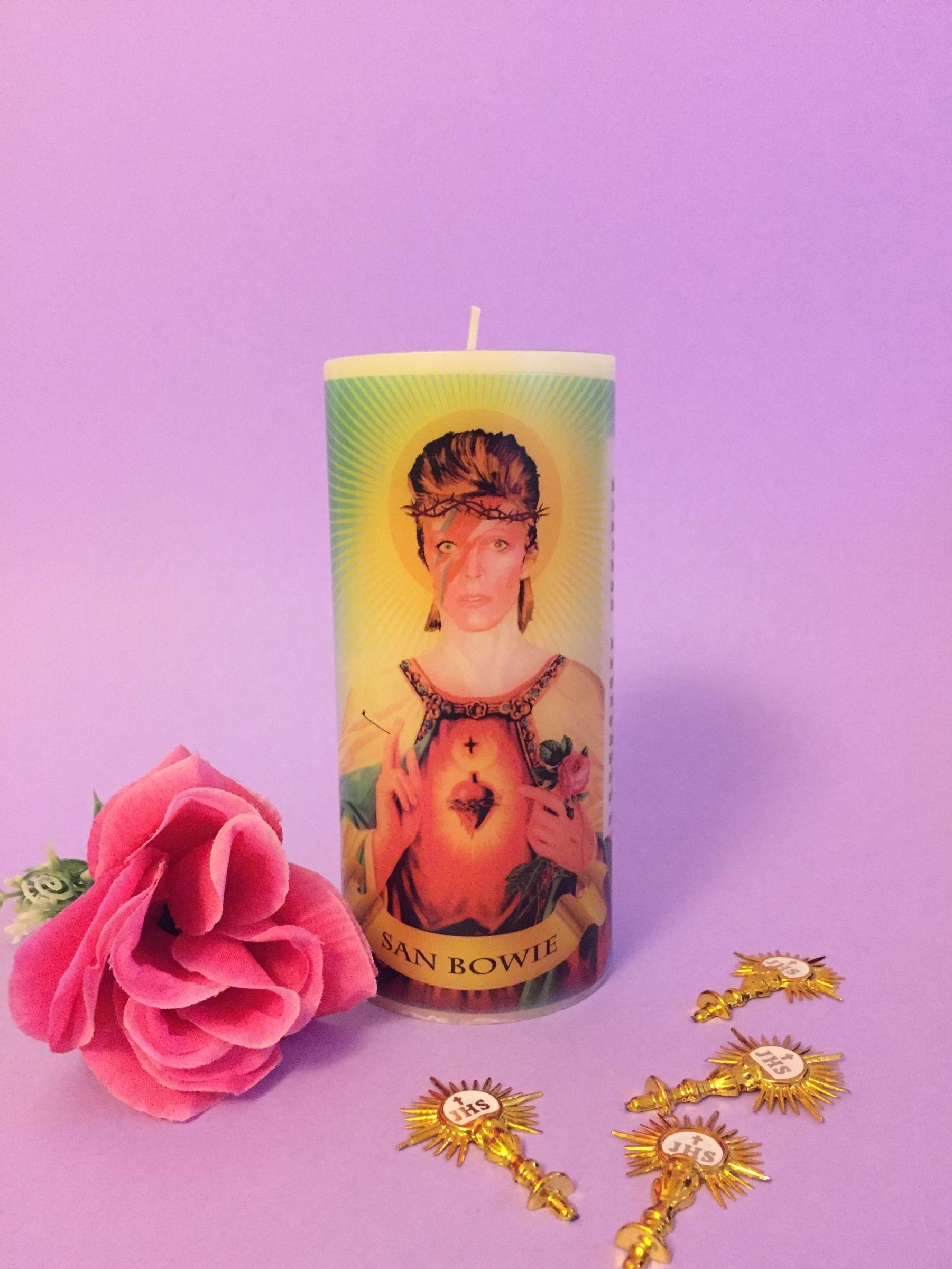 Vela San Bowie - Rosita Beas