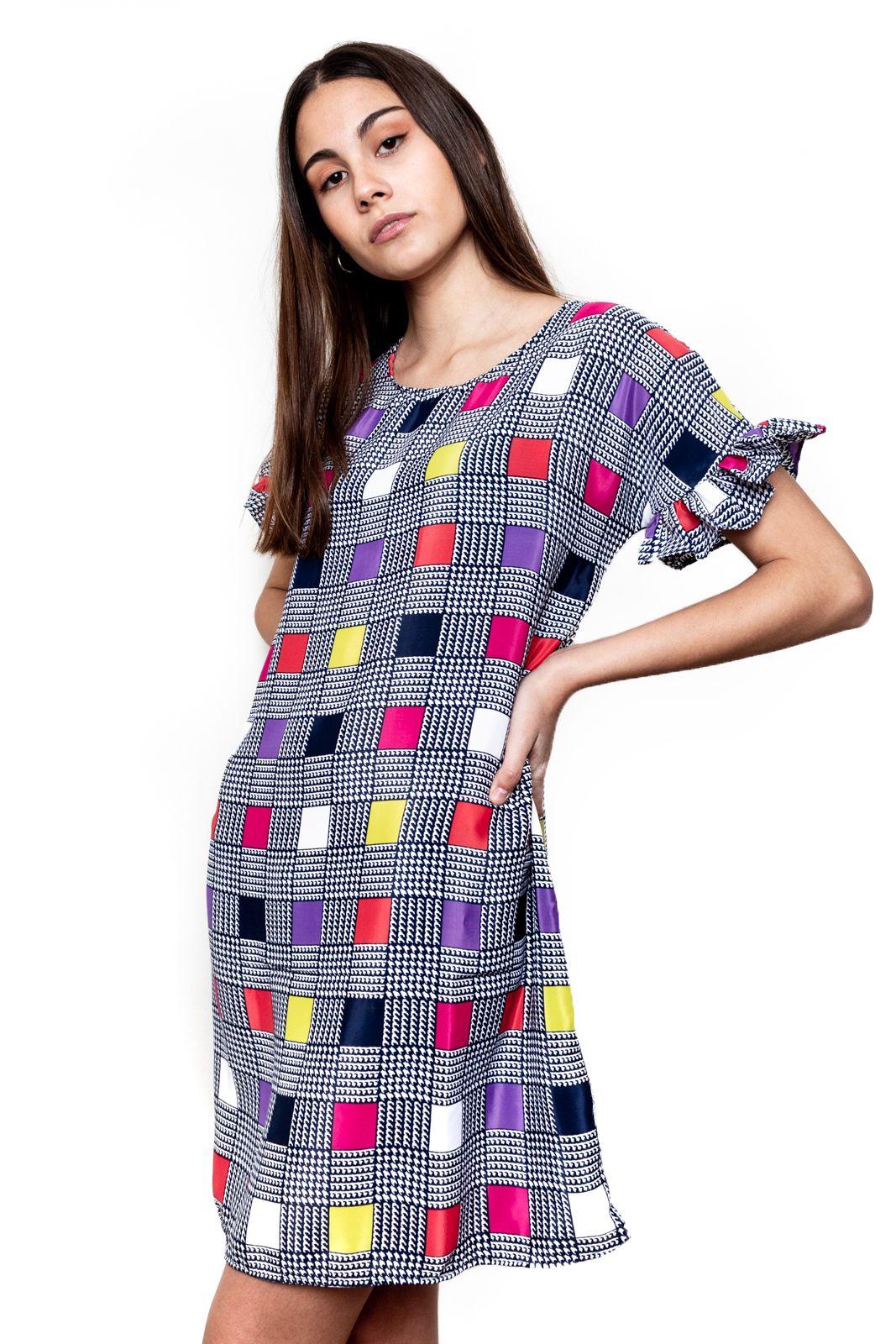Vestido vuelo mangas tela cudros colores