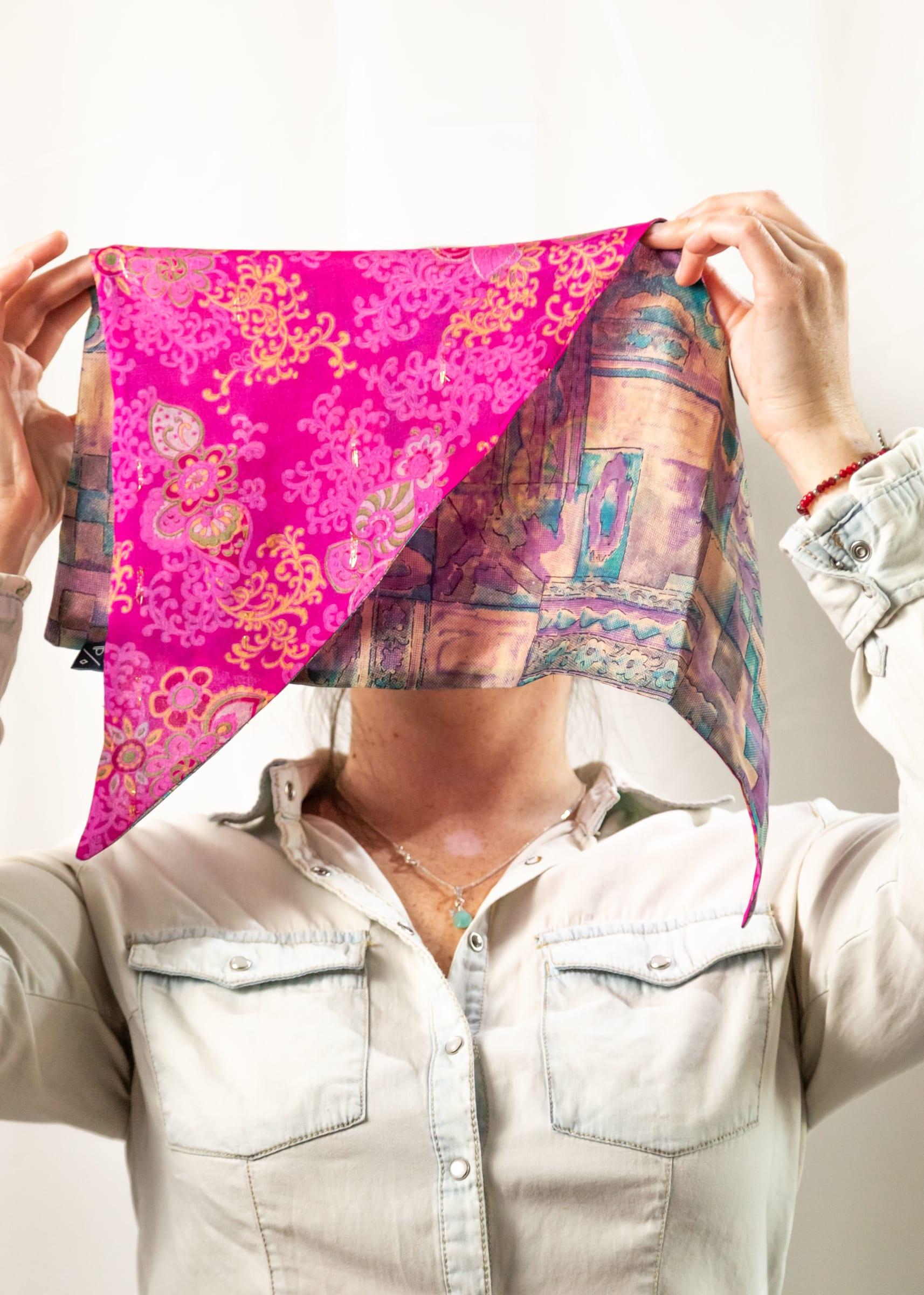Pañoleta de Seda Reversible fucsia lila