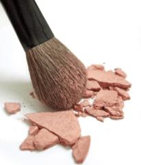Los 12 compuestos químicos más peligrosos en los cosméticos