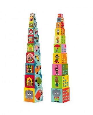 Torre de bloques de autos