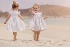 Vestido blanco, bordado blanco