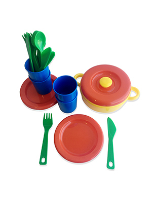 Set de platos, vasos, cubiertos