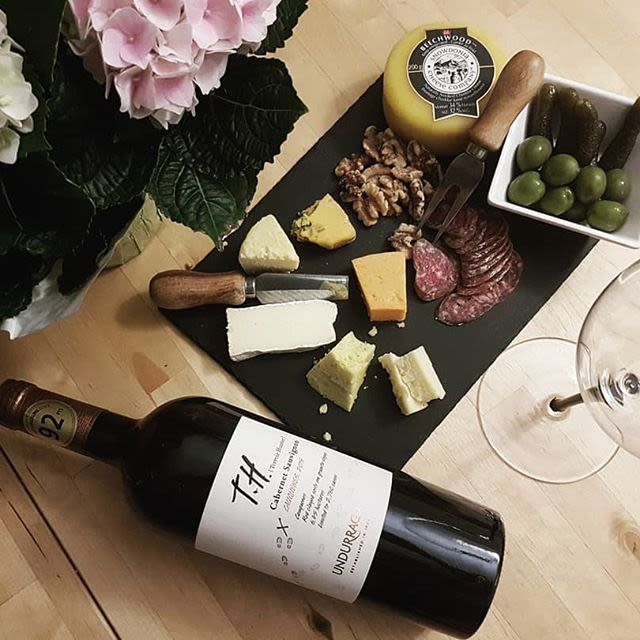 vina undurraga t h premium cabernet sauvignon 2016