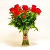 Arreglo de Rosas Rojas con Hypericum