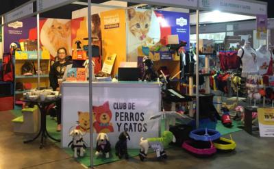 Club de perros y gatos
