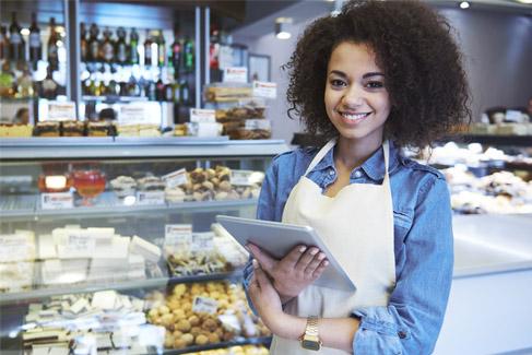 ¿Cuáles son las diferencias entre emitir las boletas electrónicas con Bsale y un sistema gratuito?