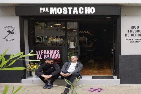 ¡Conoce el caso de éxito de los emprendedores detrás de Pan Mostacho!