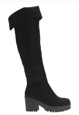 Bota Bucanera negra taco alto