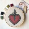 Mini Kit para bordar Corazón Ornamento