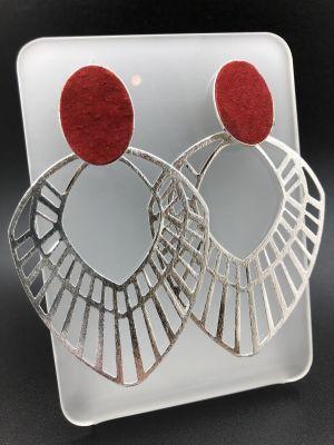 Aros mandala en puntas plateada bs ovalada roja